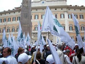 Immagine dalla Manifestazione promossa dall'AISLA il 21 giugno 2010