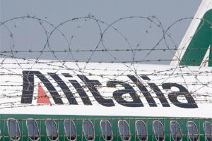 Aereo Alitalia dietro filo spinato