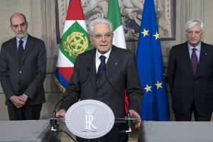 Il Presidente Sergio Mattarella al termine delle consultazioni del 12 e 13 aprile