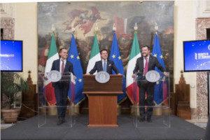Conferenza stampa Presidente Conte e vicepremier